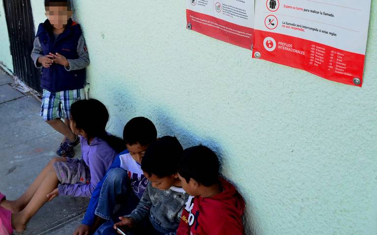 Llegan cientos de niños migrantes a la frontera, huyen de la violencia