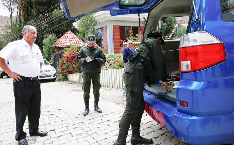 En riesgo, 10 mil mexicanos en Bolivia
