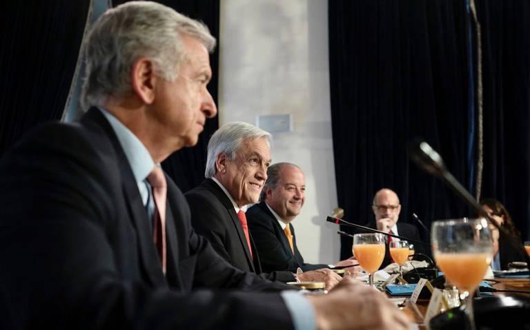 Piñera busca 'sepultar' la constitución vigente desde la dictadura de Pinochet