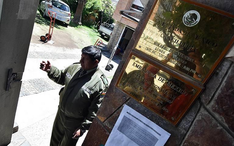 Bolivia asegura que embajada mexicana pidió reforzar seguridad en sedes