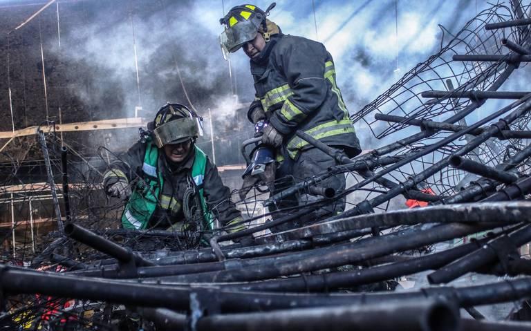 Locatarios de La Merced se lanzan contra ambulantaje tras incendio