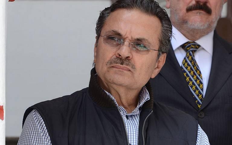 AMLO le pone 10 a Octavio Romero al frente de Pemex, pero otros datos lo reprueban