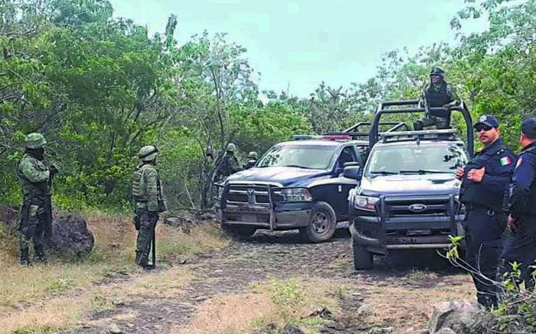 En Mexilcanzinco, Estado de México, abandonaron un cadáver atado de las manos