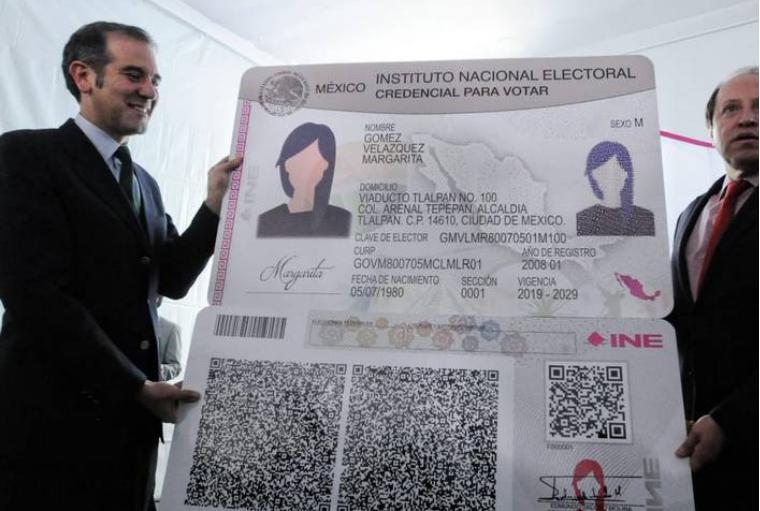 Inicia producción de la nueva credencial para votar; tendrá código QR