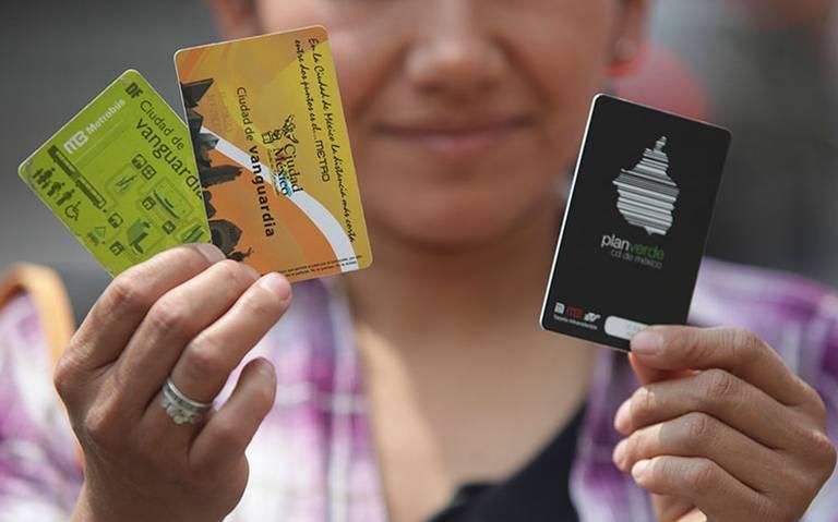 """Esto pasará si usas tarjetas """"fake"""" para el Metro y Metrobús"""