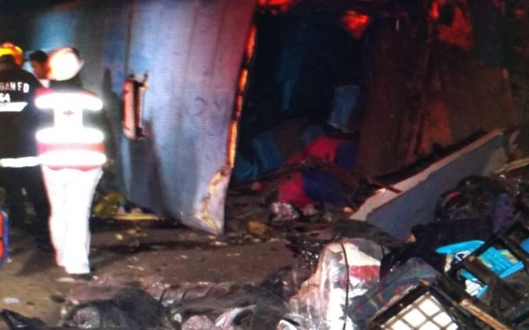 Fatal accidente de autobús deja 13 muertos en Chihuahua
