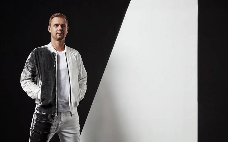 Dj Armin Van Buuren alista su regreso a México para 2020