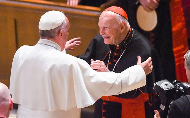 Excardenal acusado de abuso habría sobornado a dos papas, uno de ellos Juan Pablo II: WP