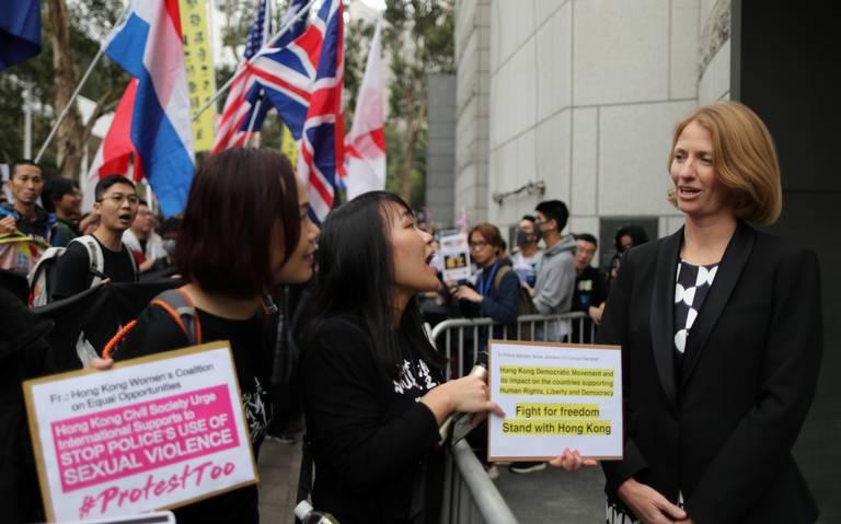 Hong Kong bloquea fondo financiero destinado a manifestantes