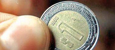 Peso mexicano gana por optimismo tras firma del T-MEC