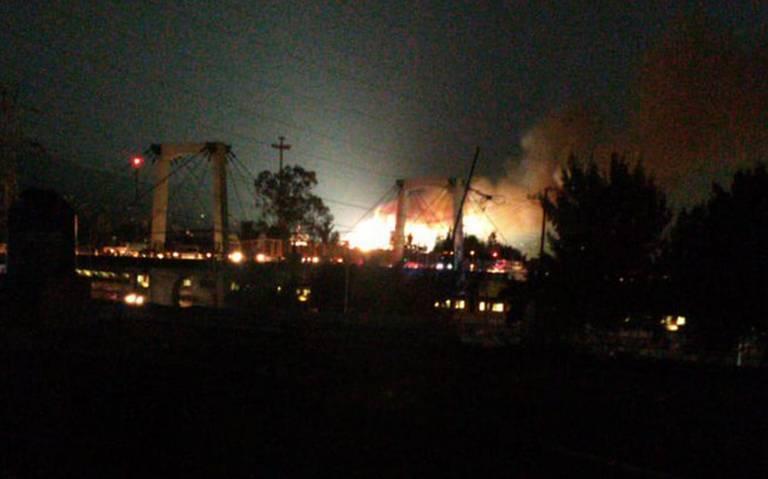 Se incendia subestación eléctrica de la CFE en Santa Martha Acatitla