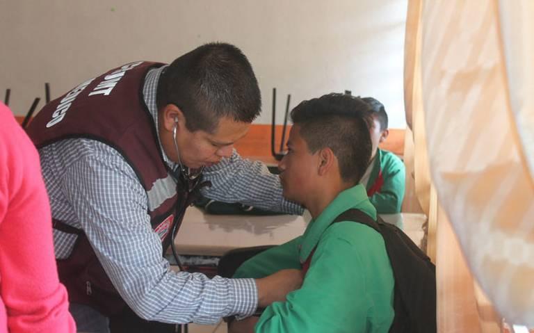 Con ponche, alumnos de secundaria se intoxican en Tlaxcala