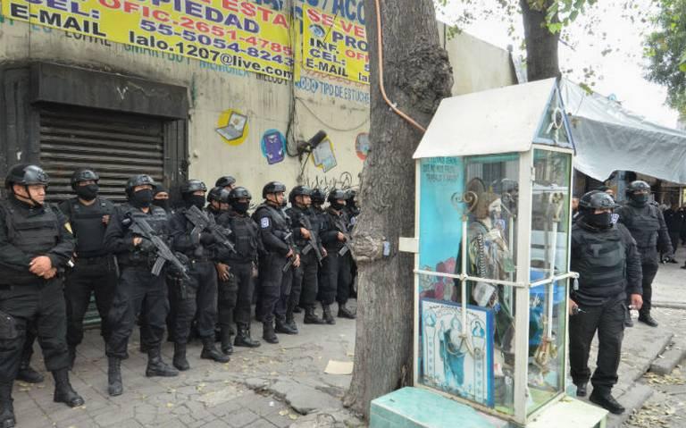 Policías realizan nuevo operativo en vecindad de Peralvillo 33