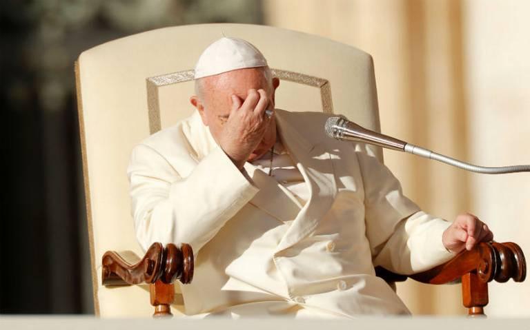 Papa acepta renuncia de obispo de EU acusado de encubrir abusos sexuales