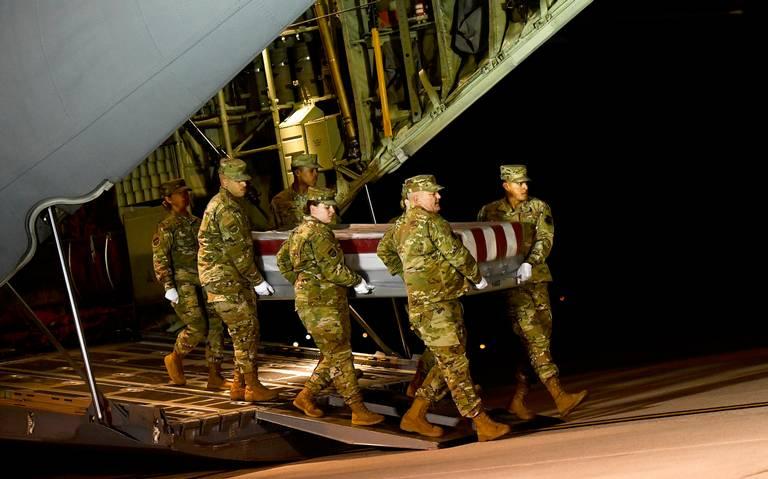 Indagan terrorismo tras ataque a base militar de Florida