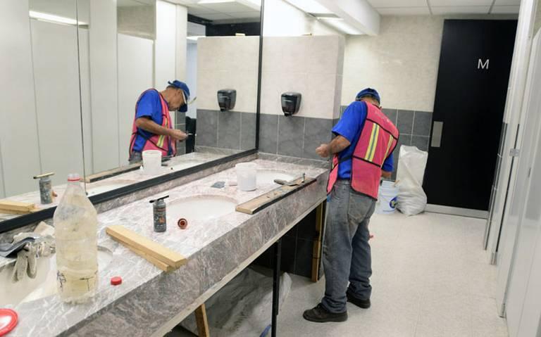 Pagan 30 mdp por remodelación de baños en San Lázaro