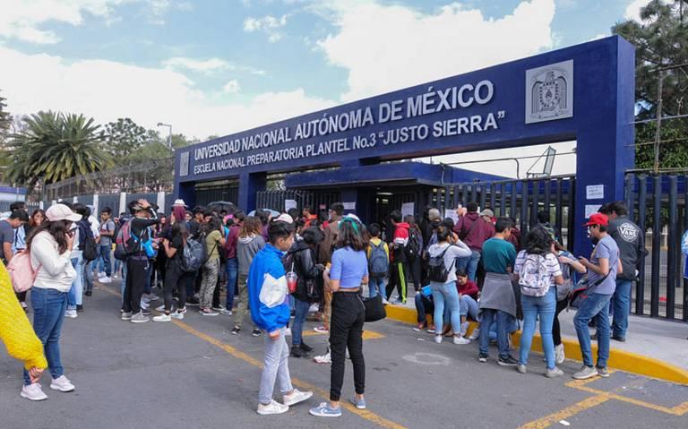 Mantienen el paro en las prepas 3, 7 y 9 de la UNAM