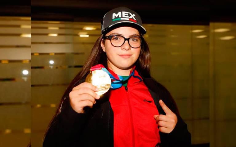 Luisa Wilson espera motivar a jóvenes para practicar hockey