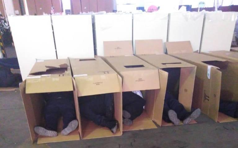 Investigan abuso de poder, tras foto de policías durmiendo en cajas