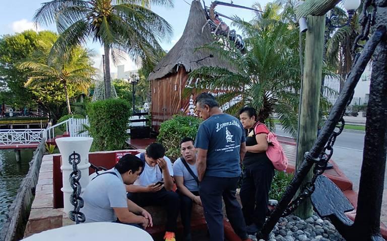 "Sujetos armados asaltan restaurante ""Lorenzillos"" en Cancún"