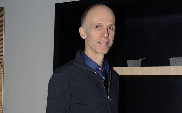 Christoph Holzhey presenta la teoría del origen del caos