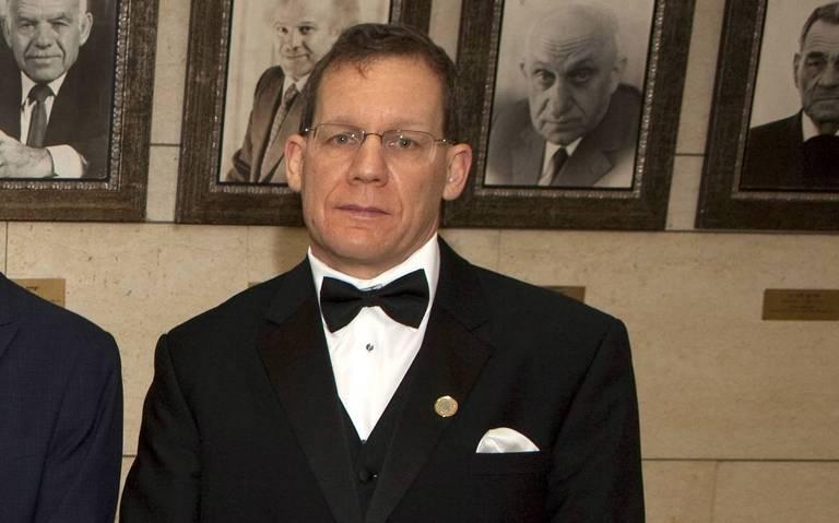 Arrestan al director de química de Harvard por presunta alianza con China