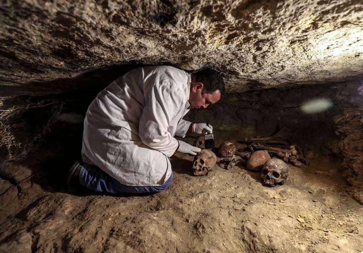 Descubren en Egipto tumbas de sacerdotes de los dioses Thot y Horus
