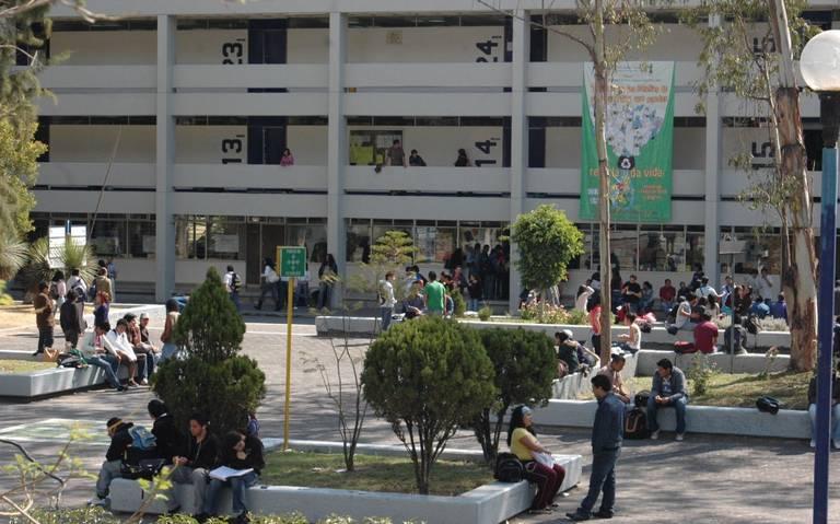 Desalojan a estudiantes de FES Aragón por presunta amenaza de bomba