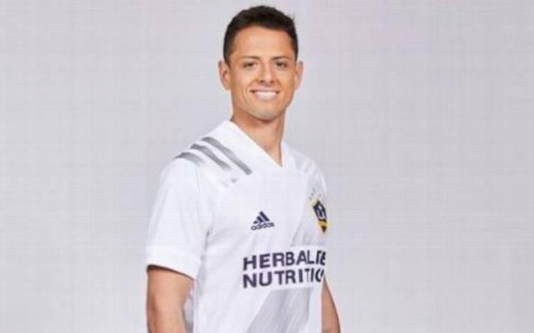 """""""Imaginemos cosas chingonas"""", así da la bienvenida LA Galaxy a Chicharito Hernández"""