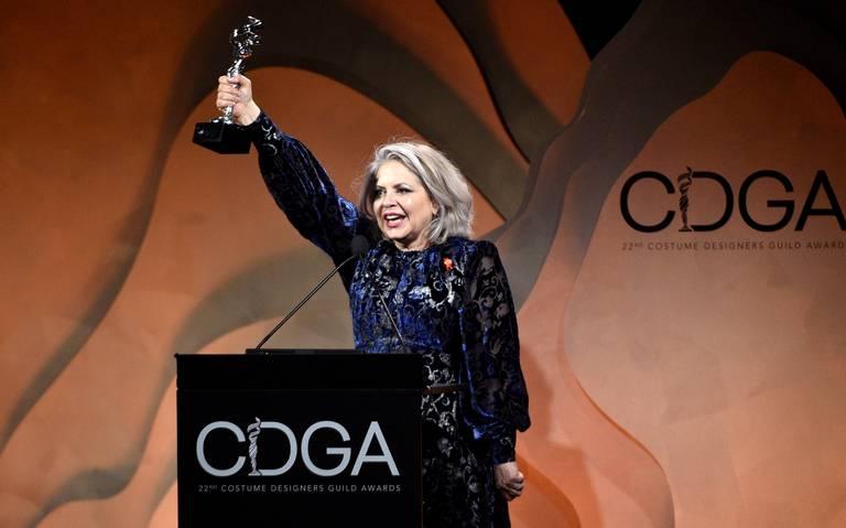 Mayes C. Rubeo gana premio de sindicato de diseñadores por Jojo Rabitt