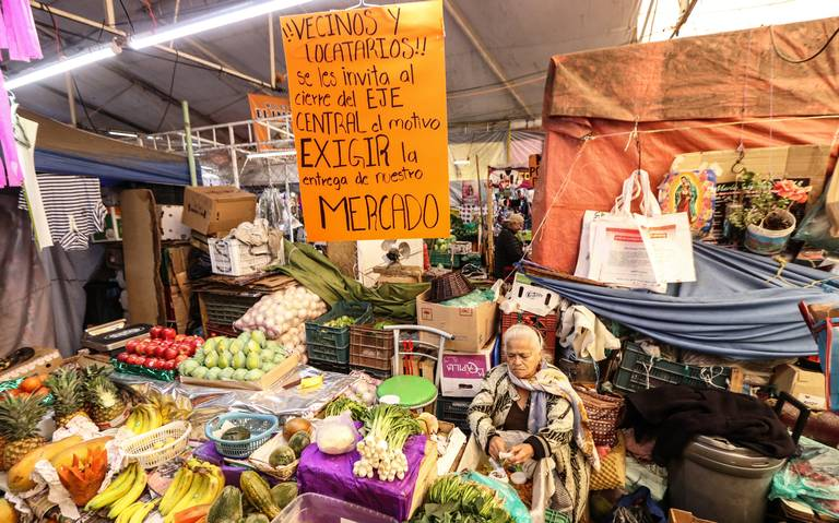A dos años del incendio, mercado Hidalgo está en el abandono
