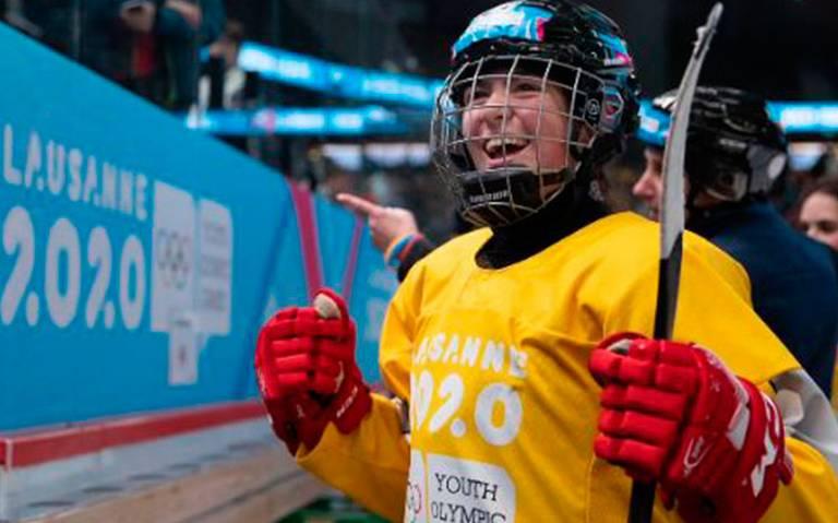 ¡De sueño! Mexicana Luisa Wilson gana oro en hockey sobre hielo