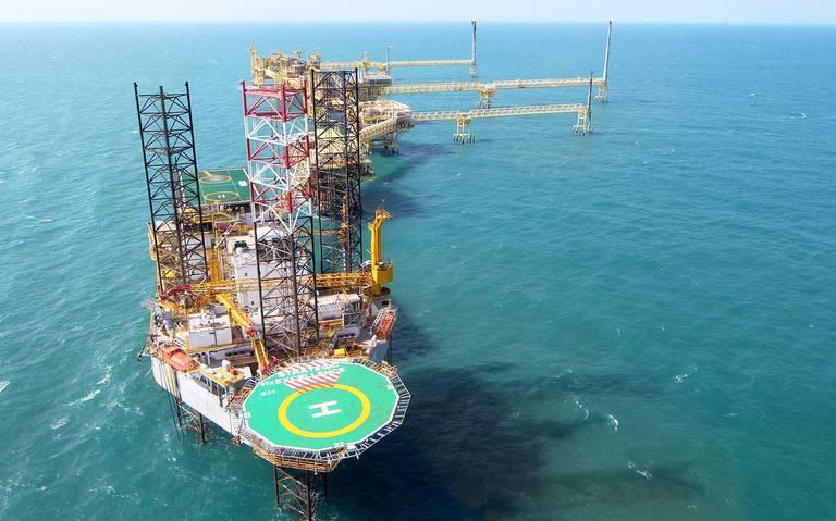 Pemex firma convenio con Marina para la seguridad de las plataformas petroleras