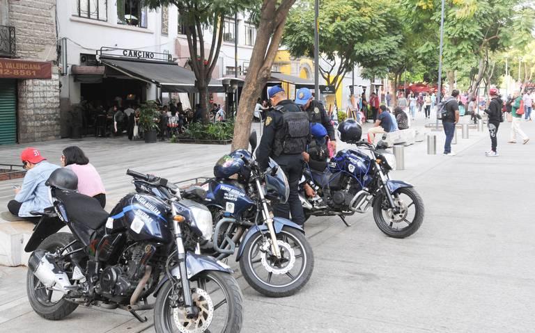 Contratarán a 8 mil 200 policías este año en la capital