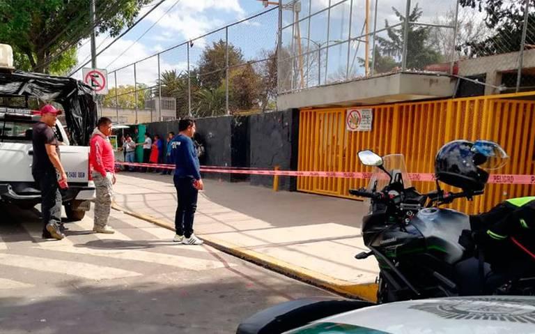 Desalojan Prepa 5 por presunta amenaza de bomba