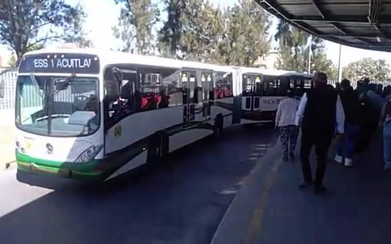Reciben año mexiquenses con aumento en el transporte