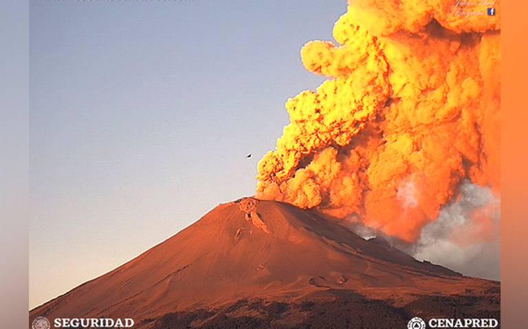 [Video] Popocatépetl despierta con grandes fumarolas y tres sismos