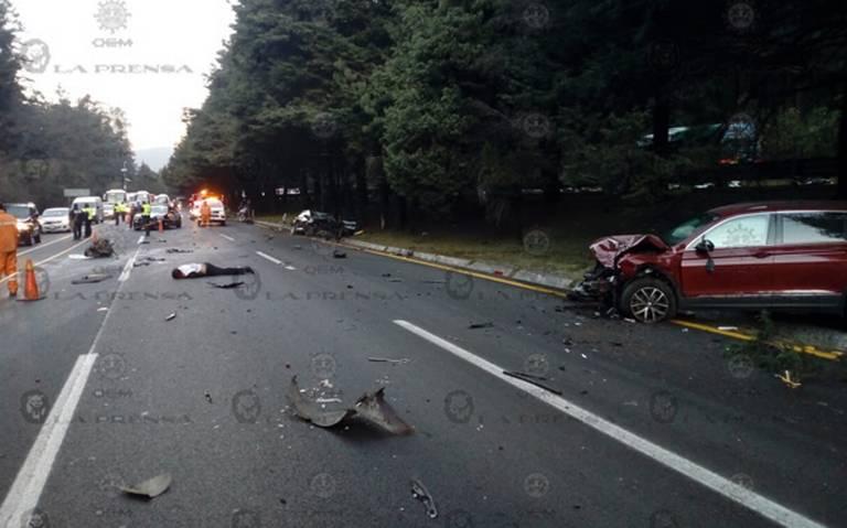 Accidente deja un muerto y un herido en la autopista México-Toluca