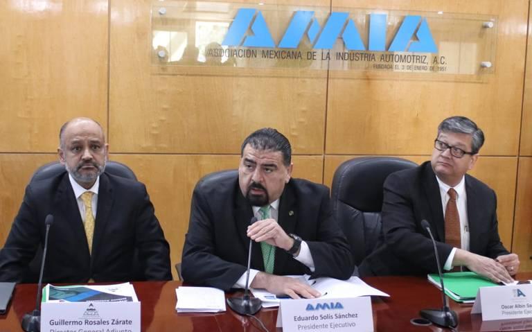 Eduardo Solís deja la AMIA tras 12 años al frente de la industria automotriz