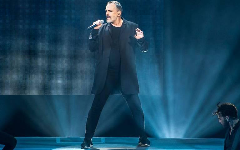 Alistan bioserie del cantante Miguel Bosé