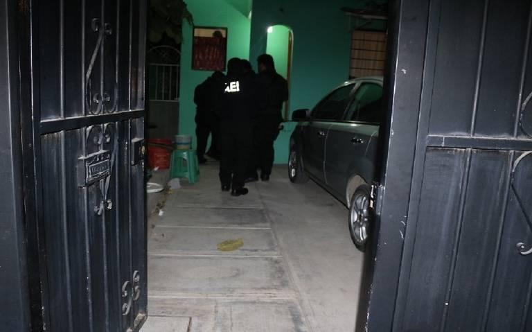 Catean casas de exdiputado priista vinculado al ataque de saxofonista