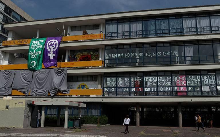 Rector de la UNAM advierte que por paro podría perderse el semestre en Filosofía y Letras