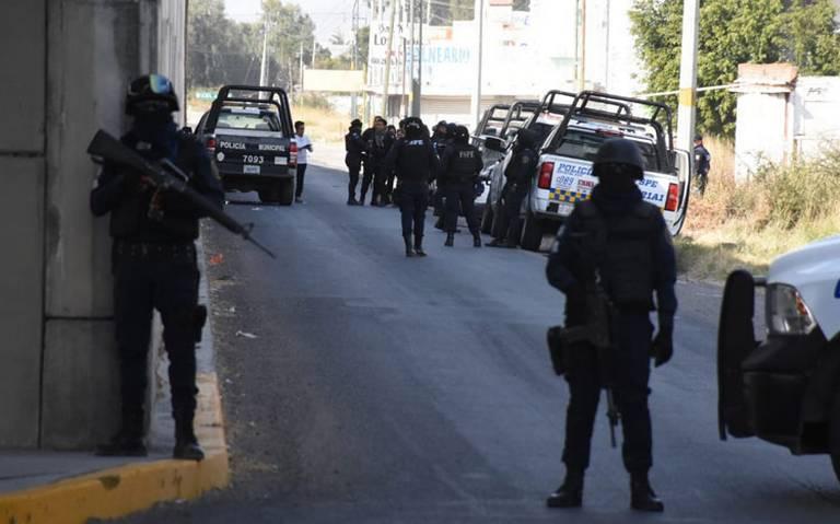 Atacan a seis policías municipales en Celaya