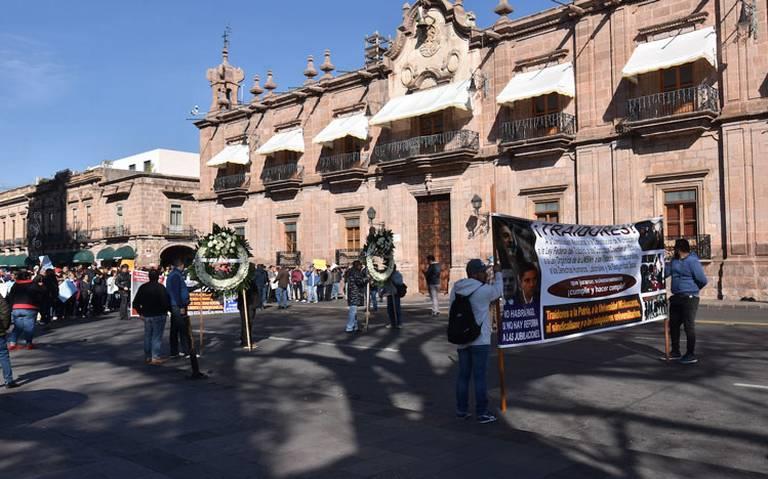 Amenazan con huelga en universidad Nicolaita