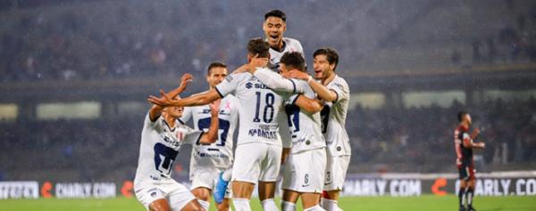 Los Pumas lideran la Liga MX