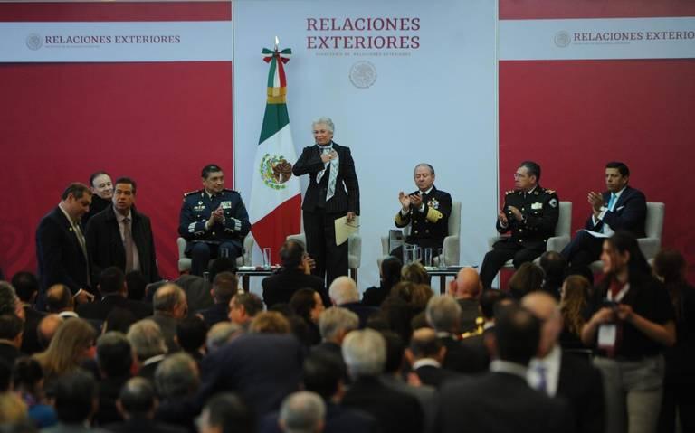 México no se convertirá en territorio sin ley por migrantes, advierte Gobernación