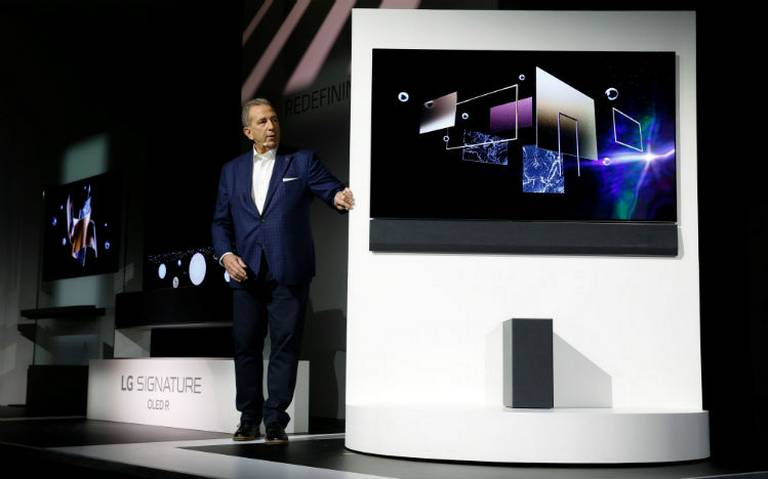 LG nada a contracorriente y presenta un televisor 4K OLED más pequeño