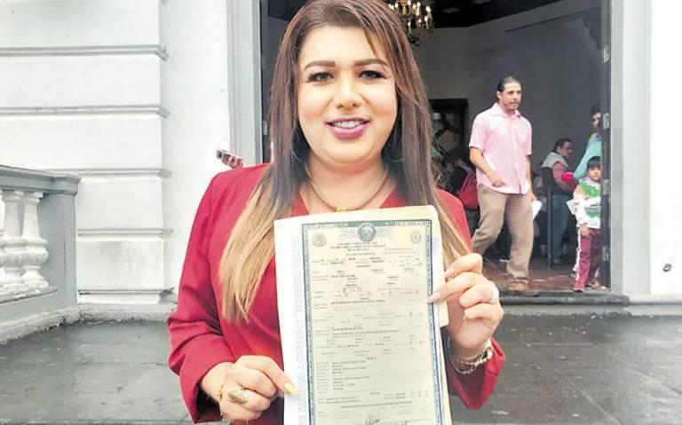 Joven transexual logra ser reconocida oficialmente como mujer en Veracruz
