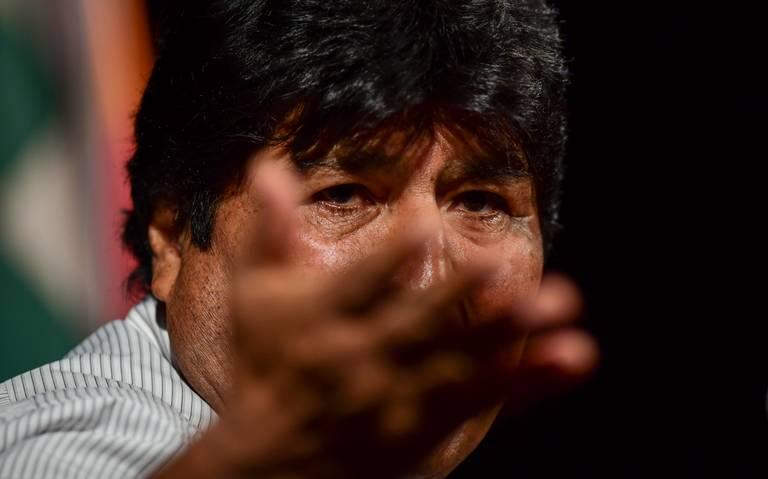 Detienen a exfuncionarios de Evo Morales con salvoconductos para México