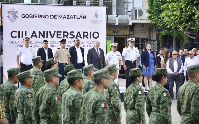 Conmemoran el 103 aniversario de la Constitución de México